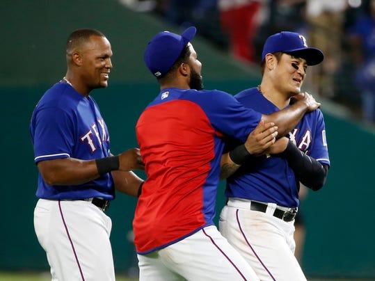 Athletics_Rangers_Baseball_91005.jpg