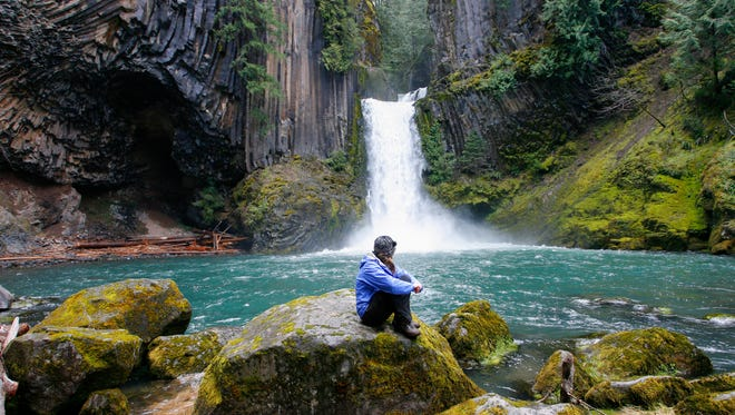 Toketee Falls thunders into a bowl of columnar basalt in the North Umpqua canyon.