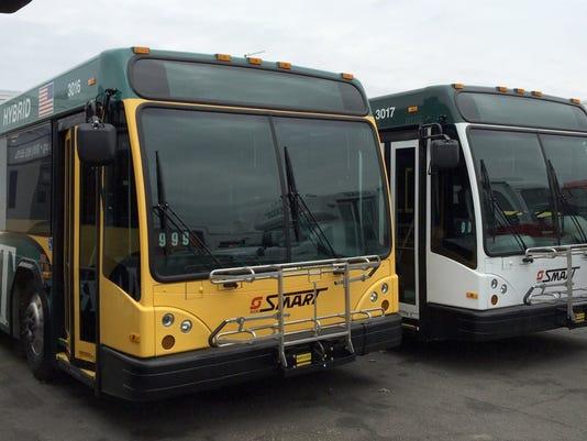 DFP SMART buses idle.JPG