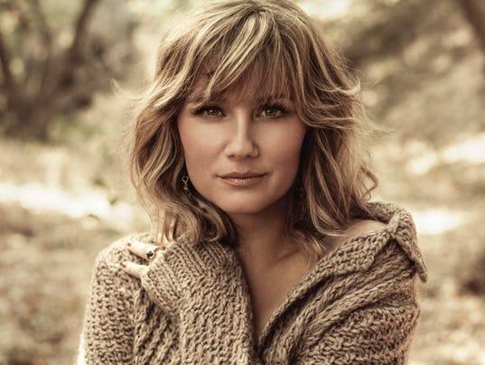 Jennifer-Nettles2.jpg