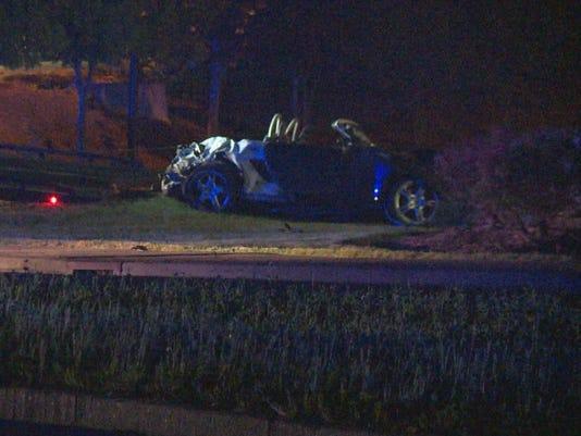 Man dies in Saturday single-car crash