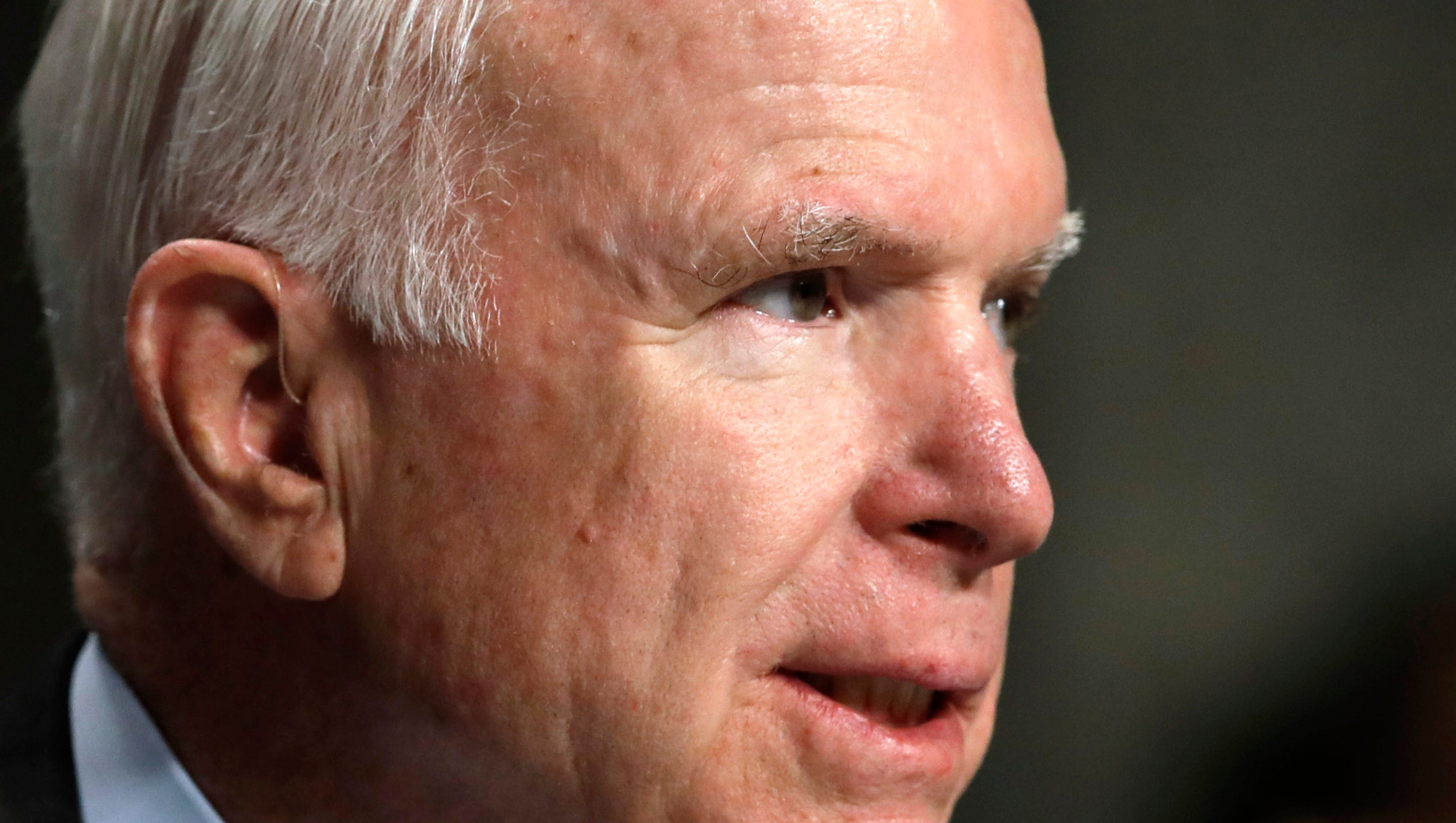 usatoday.com - EJ Montini - John McCain mocks Donald Trump's deferment 'bone spurs' (without naming him)