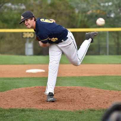 Greencastle's Nathan Starliper flips commitment