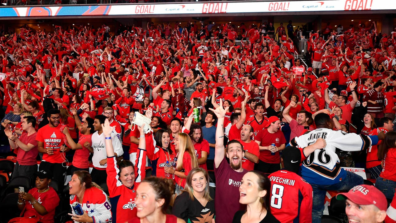 Fans packed D.C. streets after the Washington Capitals raised the Stanley Cup on Thursday night. It's the team's first National Hockey League championship in its 43-year history. The Caps defeated the Las Vegas Golden Knights 4-3 in Game 5. (June 8)