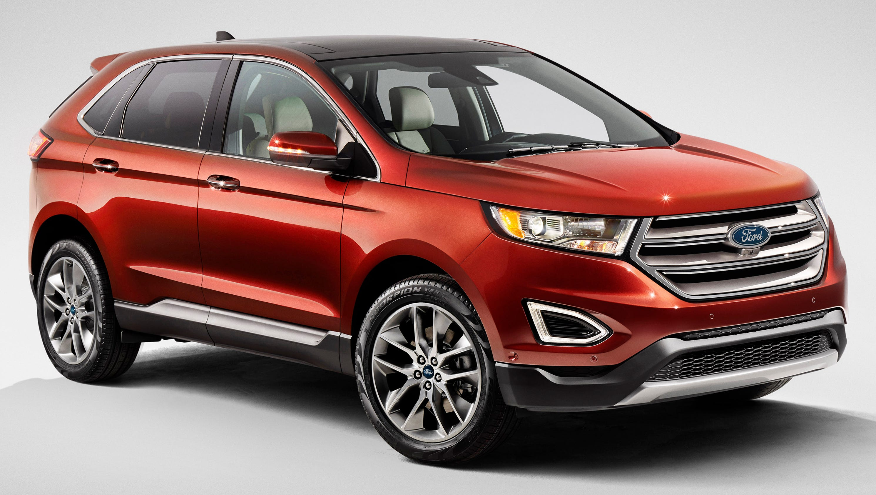 review ford 39 s new edge suv has space power. Black Bedroom Furniture Sets. Home Design Ideas