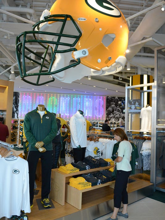 GPG Packers Pro Shop067.jpg