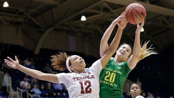 Temple's Ruth Sherrill (12) and Oregon's Sabrina Ionescu