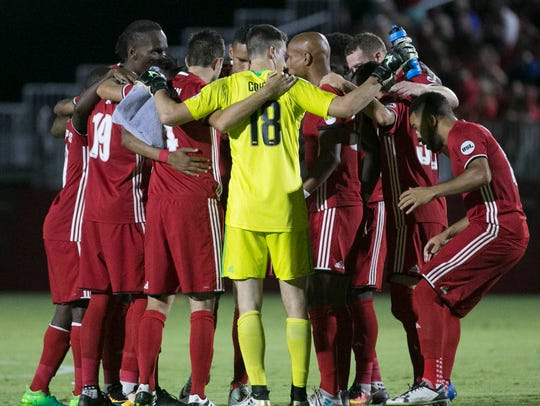 Phoenix Rising take the field to play San Antonio FC