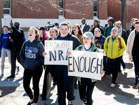 Students to walk out on anniversary of Columbine