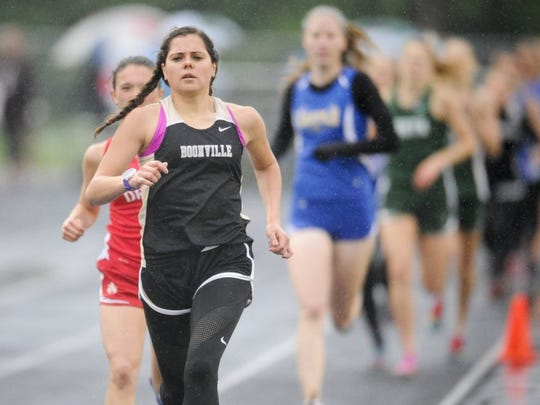 ALEX SLITZ / COURIER & PRESS Boonville's Haley Barker leads the pack in the 1600m run during the Mt. Vernon Girls 2016 Sectional at Mt. Vernon High School in Mt. Vernon, Ind., May 17, 2016.