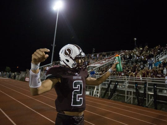 COURTNEY SACCO/CALLER-TIMES Sinton's Andrew McGowan celebrates after scoring Sinton's game-clinching touchdown during the fourth quarter on Friday..