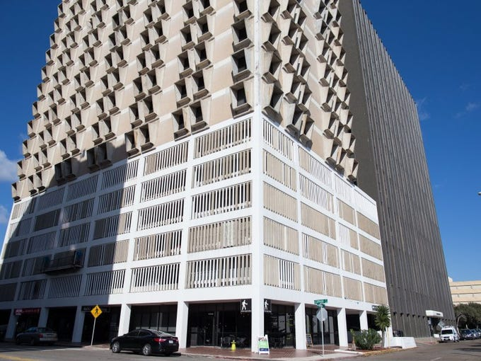 COURTNEY SACCO/CALLER-TIMES The 600 Building, on the corner of Leopard Street and Upper Broadway Street, is being eyed for redevelopment as apartments with some commercial space.