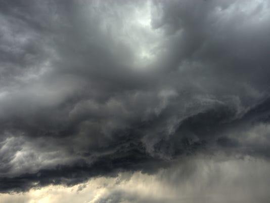 #ARNgenWx-cloudy-stormy1.jpg