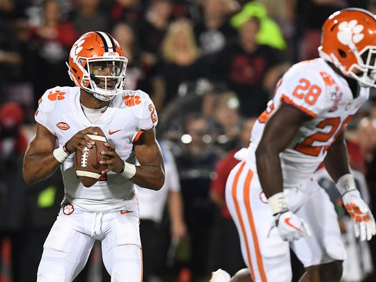 Clemson quarterback Kelly Bryant (2) looks to pass against Louisville during the 1st quarter on Saturday, September 16, 2017 at Louisville's Papa John's Cardinal Stadium.
