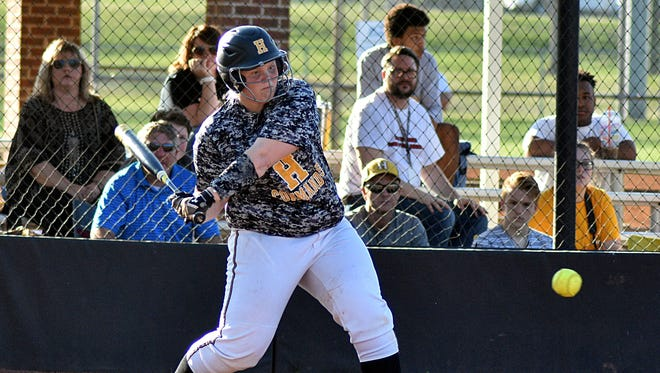 Hendersonville's Annsley Kalamon homered in the Lady Commandos' 12-10 victory over Gallatin on Tuesday.