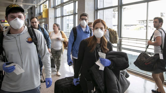 Although January and February both saw a jump in passengers from 2019, the airport started to see the massive slide in passenger traffic in March, when 700,655 passengers traveled through Austin's airport -- a total that was down by about 52.1% compared with March 2019.
