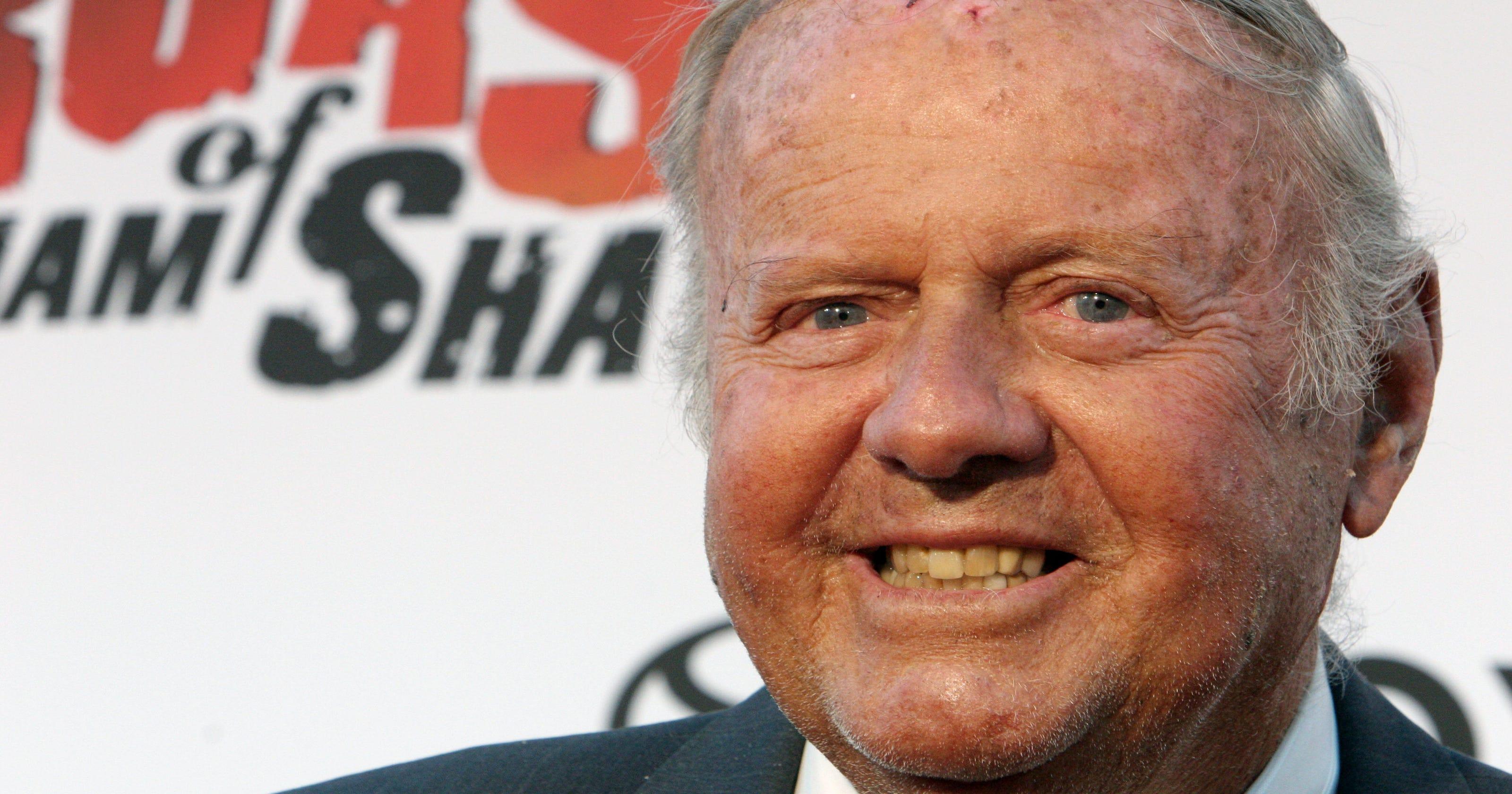 fcc784c7808  Eight is Enough  star Dick Van Patten dies at 86