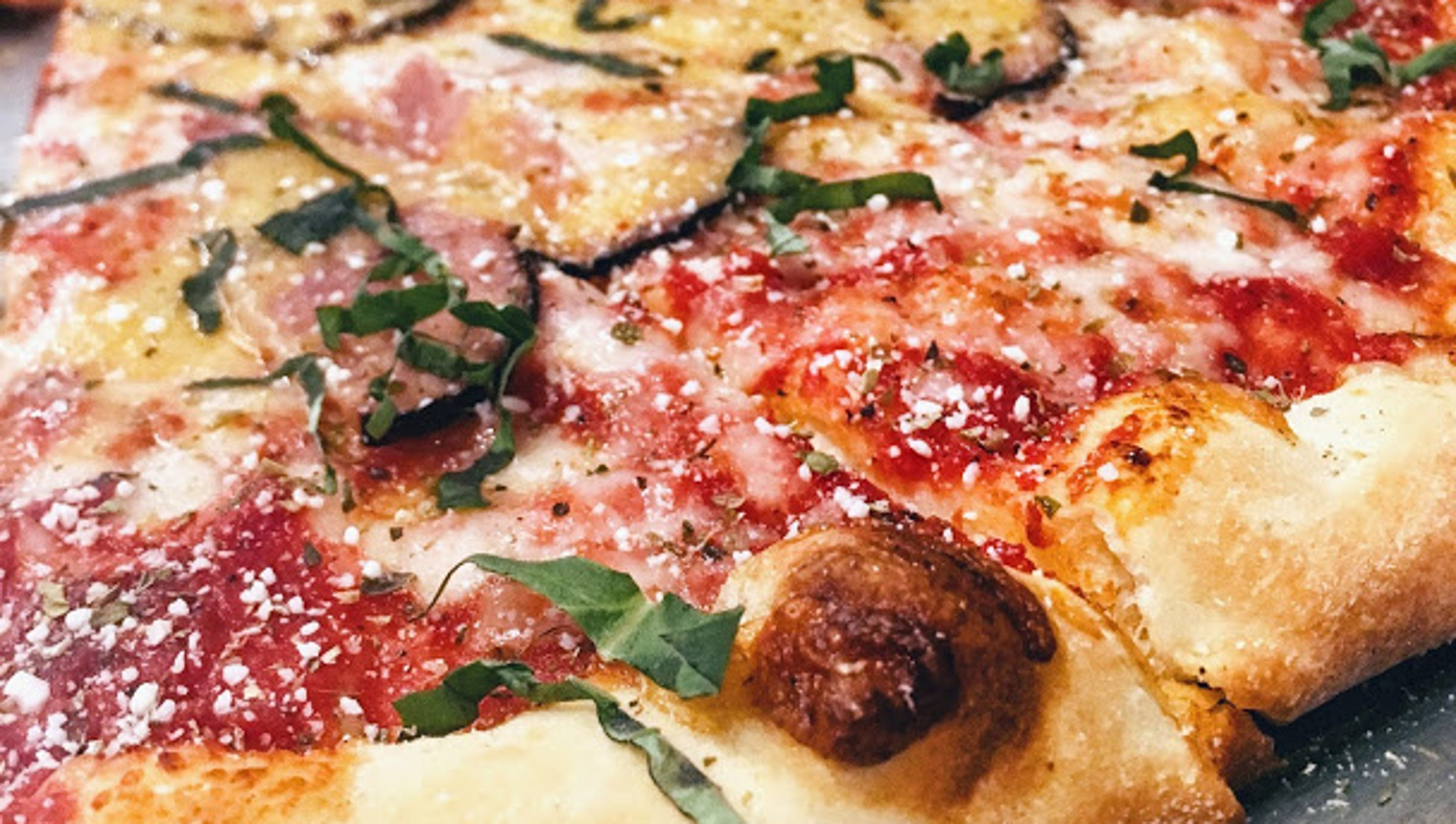 Papalinos pizza fans can now get their new york style fix for 2b cuisine epsom downs