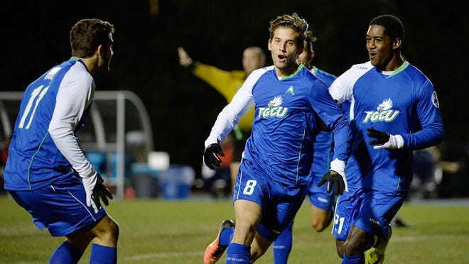 Florida Gulf Coast Albert Ruiz was one of three finalists for college soccer's top individual honor.