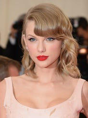 """Musician Taylor Swift attends the """"Charles James: Beyond"""