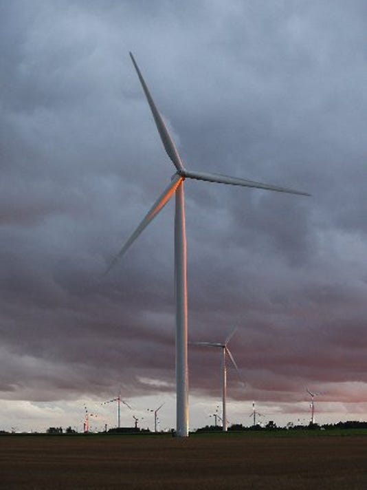 636071353360936569-AP-Wind-Turbine-Thumb-MIPS1-.jpg