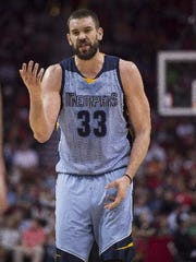 Jan 13, 2017: Memphis Grizzlies center Marc Gasol (33) argues a call during the first quarter against the Houston Rockets at the Toyota Center.