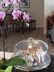 Butter crunch cake at Sabrosa Cafe & Gallery, 3216