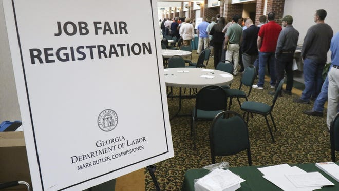 The Labor Department on Thursday said applications for unemployment aid dropped by 8,000.