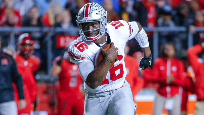 Ohio State's J.T. Barrett accounted for five touchdowns Saturday.