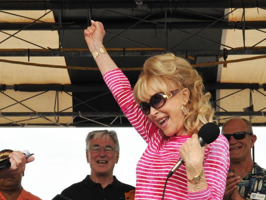 Barbara Eden cheered when she received the keys to