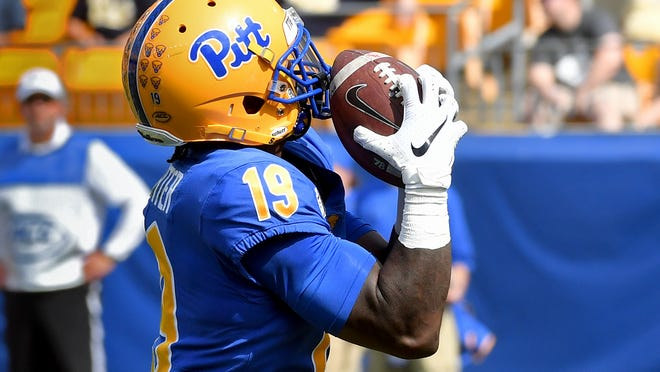 Pitt wide receiver V'Lique Carter pulls in a pass for a touchdown in the second quarter of an NCAA college football game against Delaware Saturday, Sept. 28 2019, at Heinz Field in Pittsburgh. (Matt Freed/Pittsburgh Post-Gazette via AP)