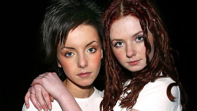The Russian pop duo Tatu, Julia Volkova, left, and Lena Katina, at the 2003 MTV music awards. They will perform at Friday's opening ceremonies of the Sochi Winter Olympics.