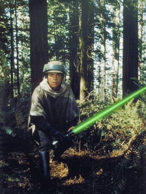 Luke Skywalker (Mark Hamill) in action in 1983's 'Star Wars: Return of the Jedi.'