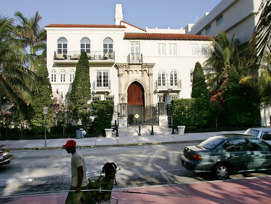 Versace's Miami mansion sells for $41.5M