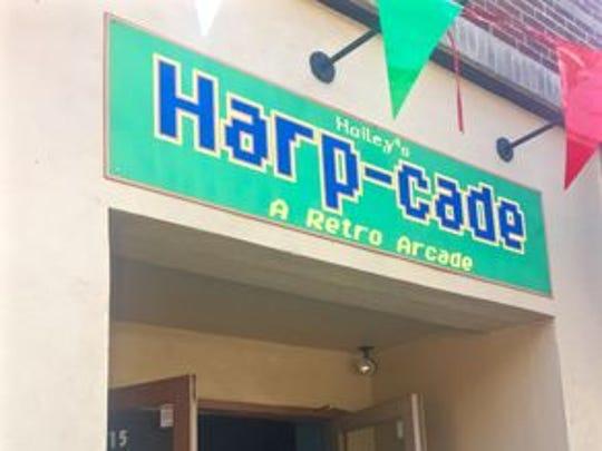 Hailey's Harp-Cade.