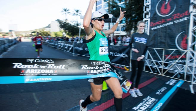 Ziola Gomez of Alamosa, Colo., wins the P.F. Chang's Rock 'n' Roll Arizona Marathon with an unofficial time of 2:45:59 on Jan. 18, 2015, in Tempe.