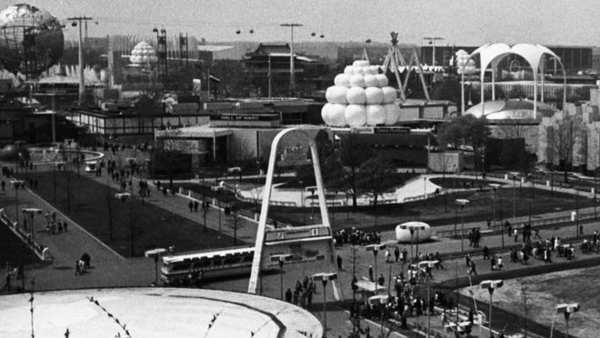 A photo from the 1964 World's Fair in New York shows the arch that has now been restored and relocated to Warwick's Rocky Point Park.