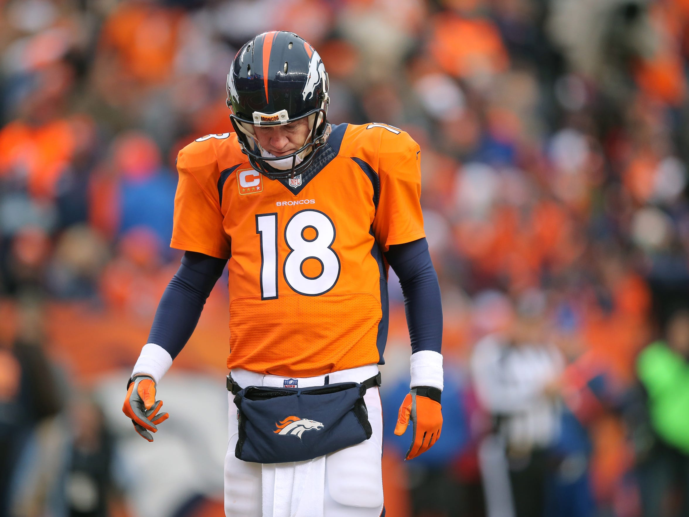 Manning arrives in Indianapolis this week seeking two NFL records -- most passing yards by a quarterback and most wins.