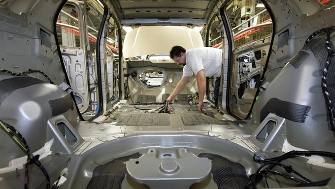 President Donald Trump's proposed 25-percent tariffs on imported cars and parts aims to help the auto industry, But experts say it could cut both sales and jobs -- and hit the industrial heartland hardest.
