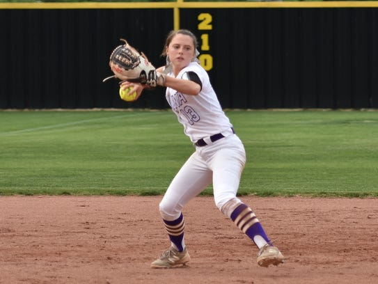 Smyrna's Hannah Ward had a hit and RBI in a 4-3 win over Oakland in the 7-AAA tournament Friday.