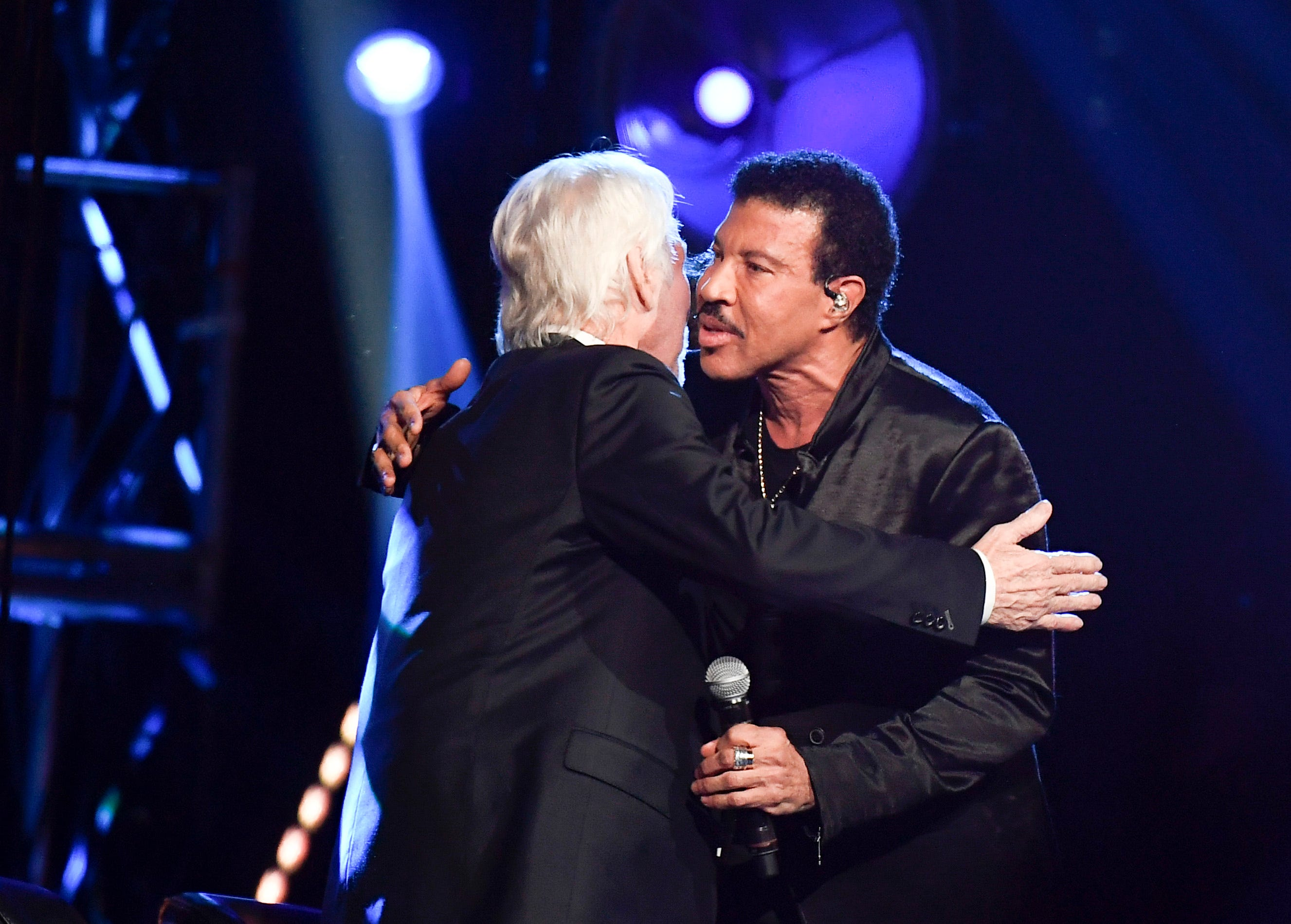 I Will Kiss You Right On The Mouth Kenny Rogers