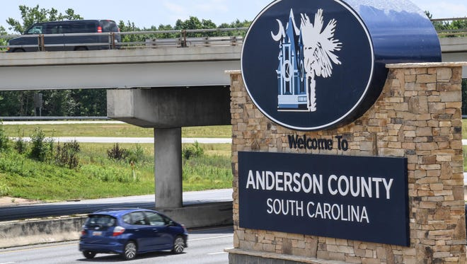 The new Anderson County welcome sign on I-85 in Powdersville, seen by southbound traffic coming from Greenville County.