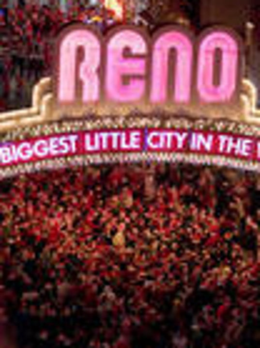 Reno arch file photo.jpg