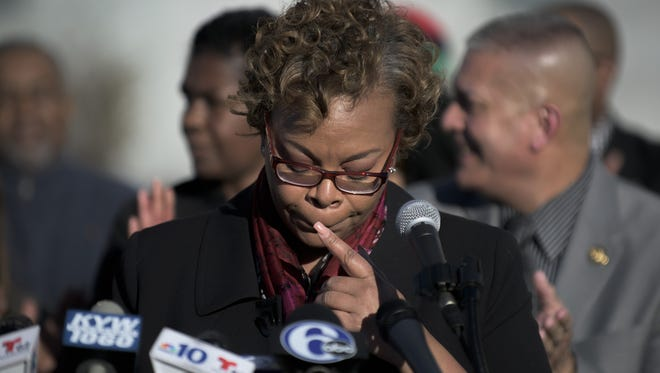 Camden Mayor Dana Redd announces that she won't seek a third term during a March 29 press conference.