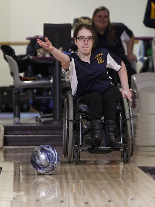Exchange Wheelchair Bowler (2)