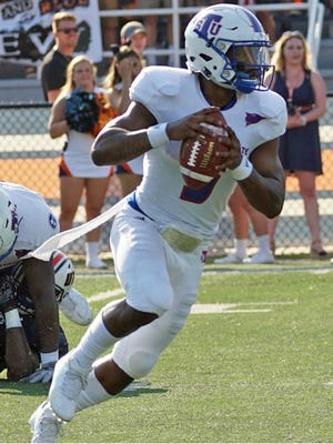 Tennessee State quarterback Treon Harris was injured in last week's game at UT-Martin, but is expected to play Saturday against Eastern Illinois at Nissan Stadium.