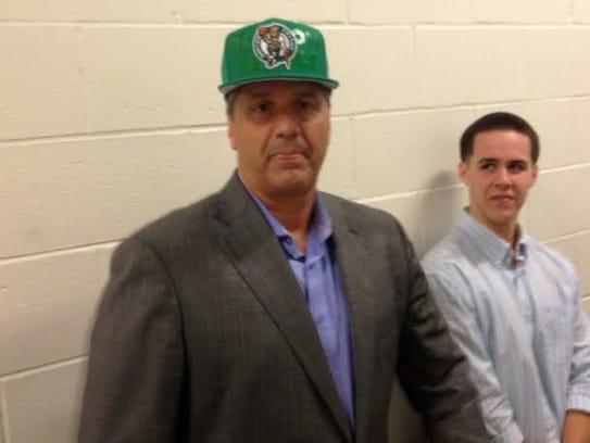 john calipari in a celtics hat