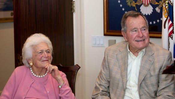 AP Barbara Bush Hospitalized_001