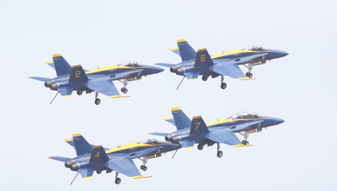 The U.S. Navy Blue Angels first Pensacola practice of 2018.