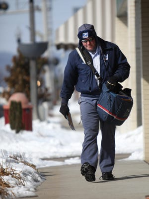 The Boone County Sheriff's Office is advising residents to hand outgoing mail directly to postal workers after a new crime trend has emerged.